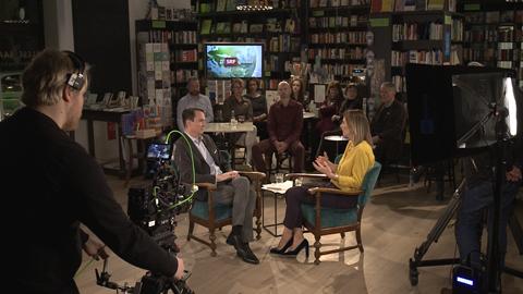 Florian Inhauser Im Gesprach Mit Anja Reschke Multivision Filmproduktion Hamburg